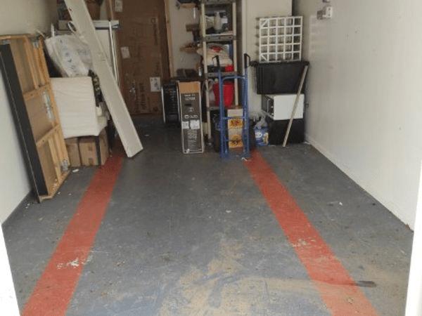 Débarras d'un garage à Saint-herblain